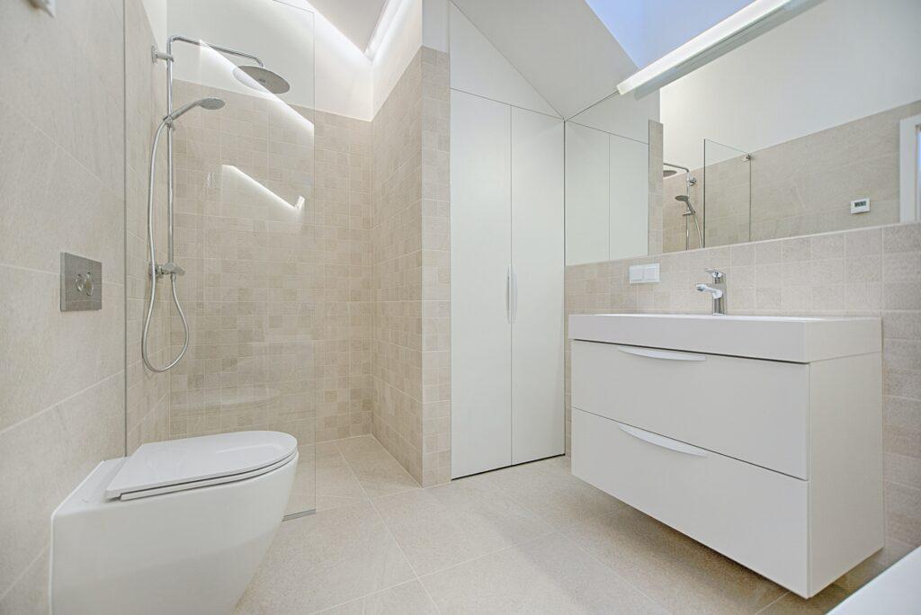 oglinzi in baie